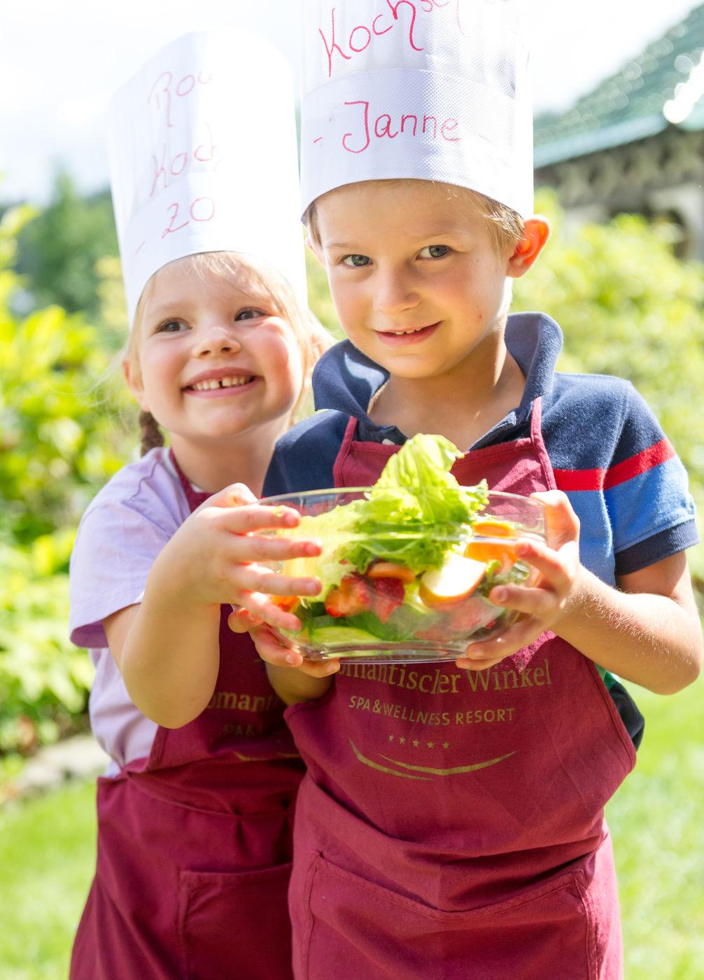 748c301d61 Familie & Kinder Wellness-Urlaub mit Kindern Romantischer Winkel ...